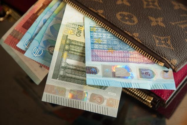EURO (EBPO) notes